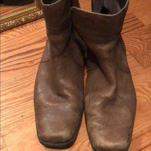 Rockport burgundy boots
